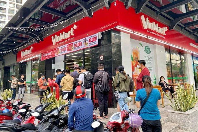 Kiosk Phúc Long tại cửa hàng VinMart+